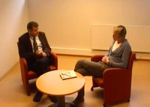 Sondre Risholm Liverød Intervjuer Helge A. Sølvberg om oppvekst med psykisk sykdom hos nærmeste pårørende.